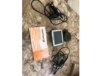 Tomtom one including cables and mount