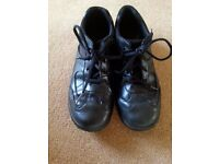 Boys Clarks Black Leather Shoes Size 6.5