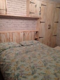 a large beautiful shabby chic king size room to rent