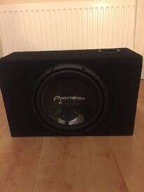 """powerful Pioneer champion series 12"""" subwoofer and ported box like new sub speaker and box"""