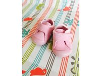 Baby girl nike shoes size 1