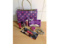 Make Up & Bracelet Gift Set Bundle shades red/pink - ALL ITEMS BRAND NEW & STILL PACKAGED!!!!
