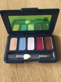 17 by Karen walker make up palette *new*