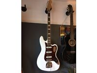 Squier Vintage Modified Bass VI in Olympic White £300 good condition