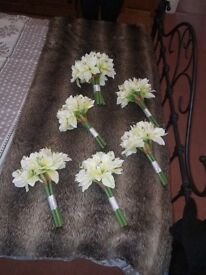 1 Bride Bouquet & 5 Bridesmaid Bouquets - Ivory/Green Lily