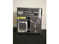 Everlast Cardio Strike Bag (Black) + FREE TRAINING GLOVES