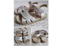 Girls shoes bundle size 9 / 27