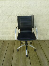 Leather Office Chair with Arms adjustable Height and Swivel