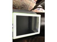 Apple iPad 3rd generation 16gb white in working order