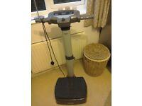 Carl Lewis vibration plate exerciser