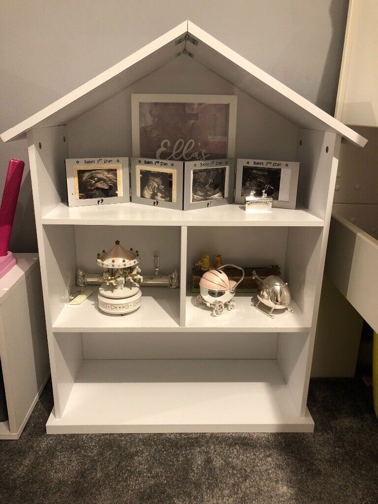 Dolls House Shaped Bookcase In Maidenhead Berkshire Gumtree