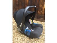 Brand New Britax Romer baby car seat and Carrier