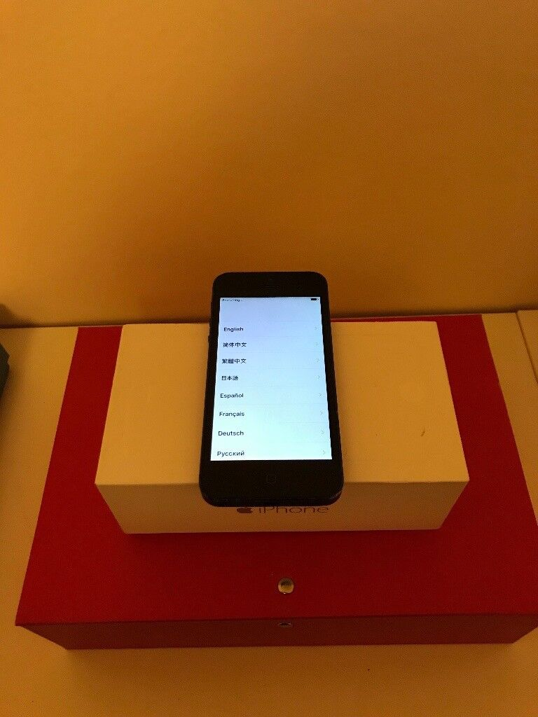 IPHONE 5 16GB UNLOCKED BLACK AND SLATE GREY - VG CONDITION