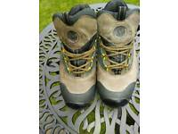 Merrell mens hiking shoes size 8
