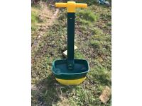 Seed spreader - used but in very good condition - maidstone collection only £10