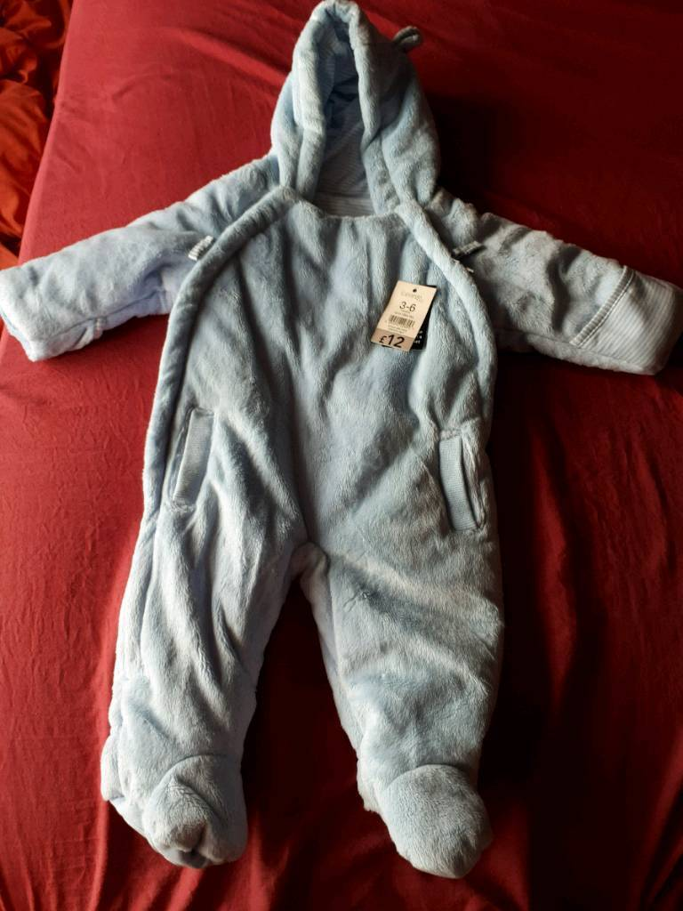 Brand new fluffy fabric baby winter suit 3-6 months