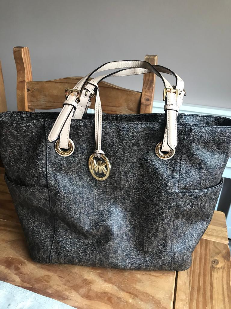 Used Michael Kors Bag Good Condition With Tags