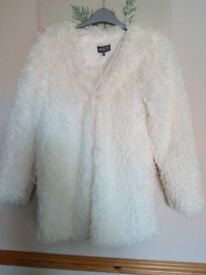 Cream fluffy jacket never worn beautiful perfect condition