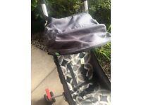 Backpack pushchair