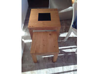 Nest of two Oak lamp / coffee tables