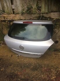 Astra h 2007 3 door tailgate in star silver 2au / z157 07594145438