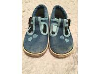 Clarks Preloved Denim doodles 5.5F