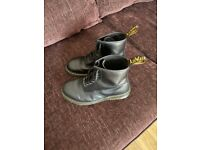 Dr martens mens air wair boots size 8