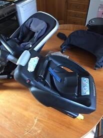 Buggy, car seat and isofix base.
