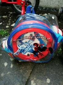 Spiderman protection set with helmet, elbow and knee pads