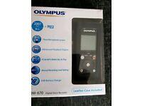Olympus DM -670 digital vioce recorder and olympus ME 34 zoom microphone