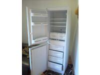BROKEN!! NOT WORKING!! Indesit INC325AI Fridge Freezer Built-in FAULTY 3years old 260Litres