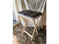 🍹 ☕ 🍤 Side table / taller coffee table (indoors/ outdoors) (patio/ balcony/ garden)