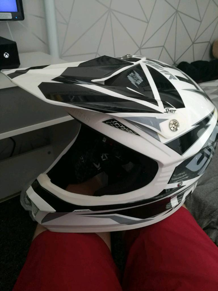 Full Face Downhill Mountain Bike Helmet In St Helens Merseyside