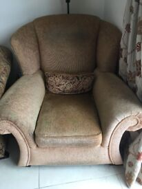 5 piece Suite for sale- 3 seater, 2 seater, 2 one seaters and a footstool