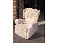 Celebrity rise and recline armchair