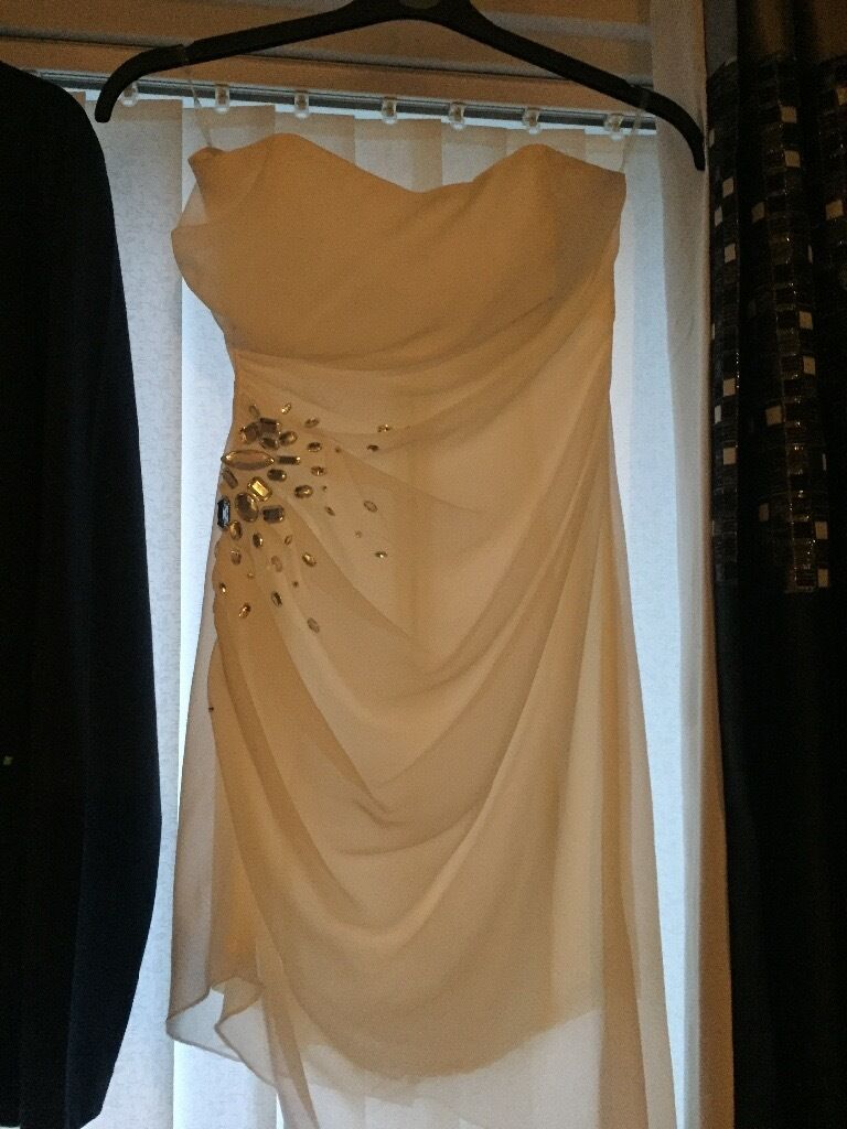 Lipsy dress with tagsin Newcastle, Tyne and WearGumtree - Absolutely stunning white lipsy dress size 8. Not been worn. Still has tags on. Smoke free home