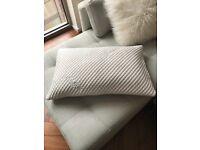 4 TEMPUR Pillows comfort cloud