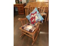 Rocking chair medium size, ideal for any room