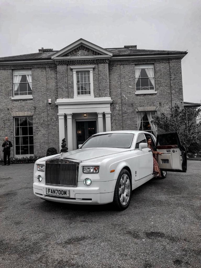 Rolls Royce Phantom 250 Ghost 300 Wedding Car Hire London Hummer Limousine Bentley