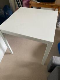 MELLTORP IKEA table