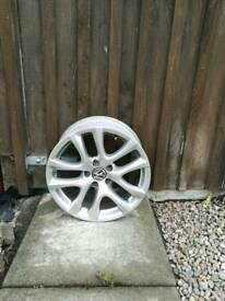 VW 17inch Alloy Wheels / 5 stud