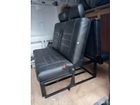 streamline 3/4 rock n roll bed with head rests & cusions