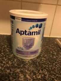 Aptamil pepti 1 formula milk