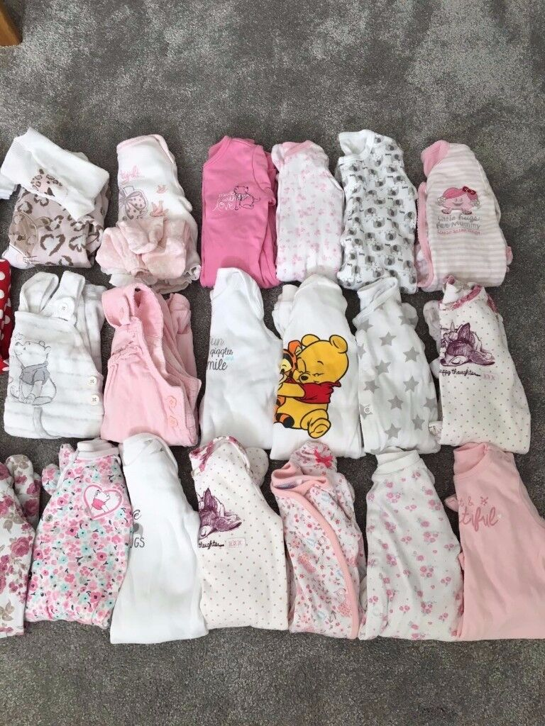 Baby Girl Clothing Bundle (0-3 months)