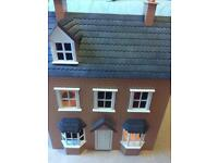 Charming dolls house with lights!