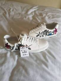 Women Zara trainers