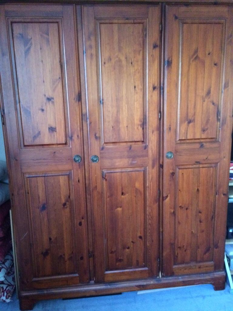 Large Ducal Rosedale Wardrobe