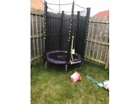 Kids trampoline with enclosure