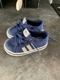 Adidas nizza baby blue size 4