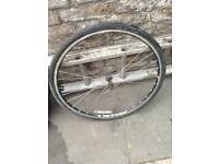 Front bike wheel Bontrager / AT750 ETRTO 622x16